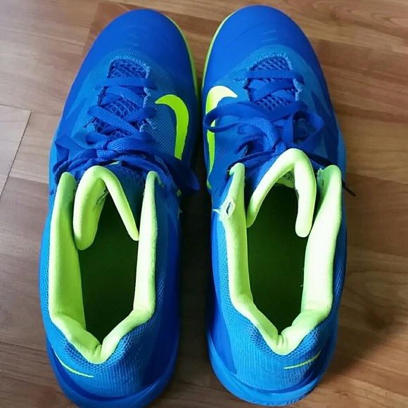 Nike Men's Air Max Premiere Basketball Shoes</p>                     </div>   <!--bof Product URL --> <!--eof Product URL --> <!--bof Quantity Discounts table --> <!--eof Quantity Discounts table --> </div>                        </dd> <dt class=